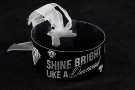 Kaarsring Black Shine Bright -silhouette curio-hobby plotter-hobby-yvsdesigns